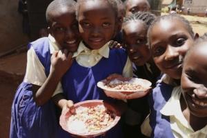 小学校の給食支援